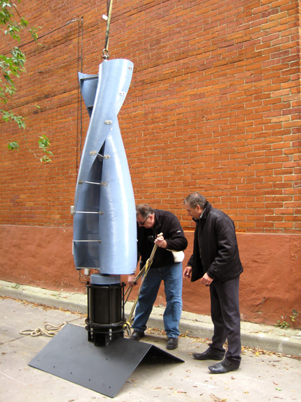 Vertical Wind Turbine Once Impossible to Build Proves Efficient